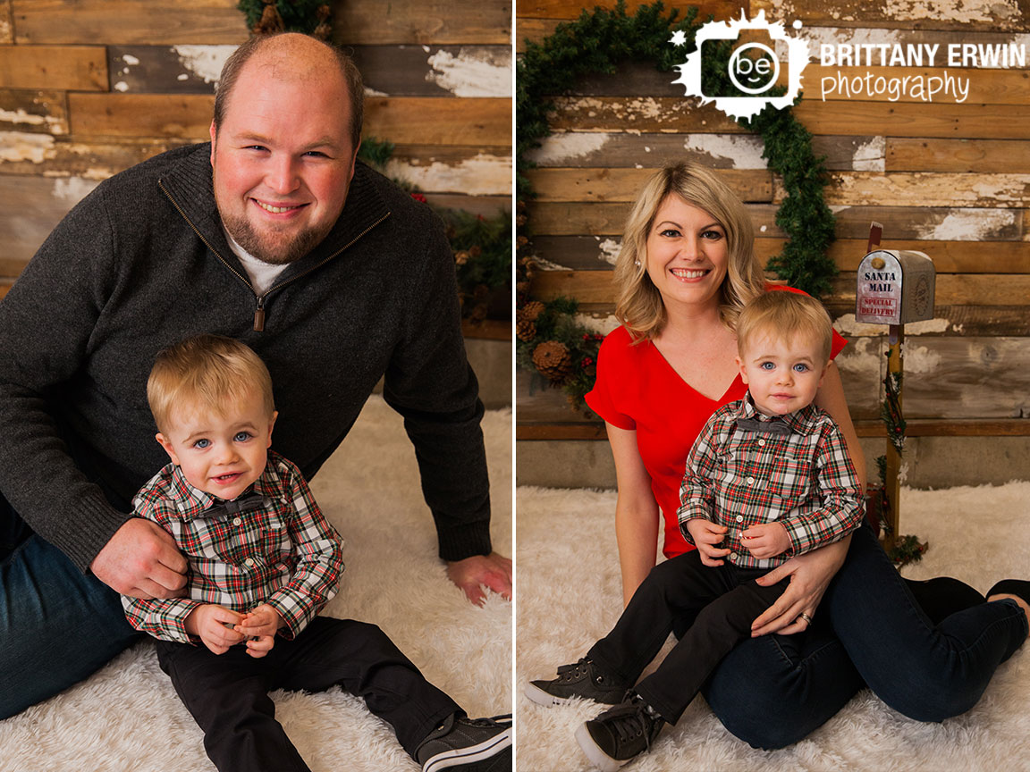 Speedway-Indiana-christmas-mini-session-family-portrait-mother-father-daughter.jpg