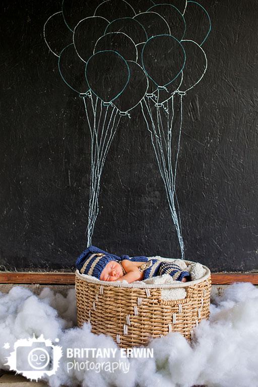 Indianapolis-studio-portrait-photographer-sleeping-newborn-baby-boy-balloon-chalk-board.jpg
