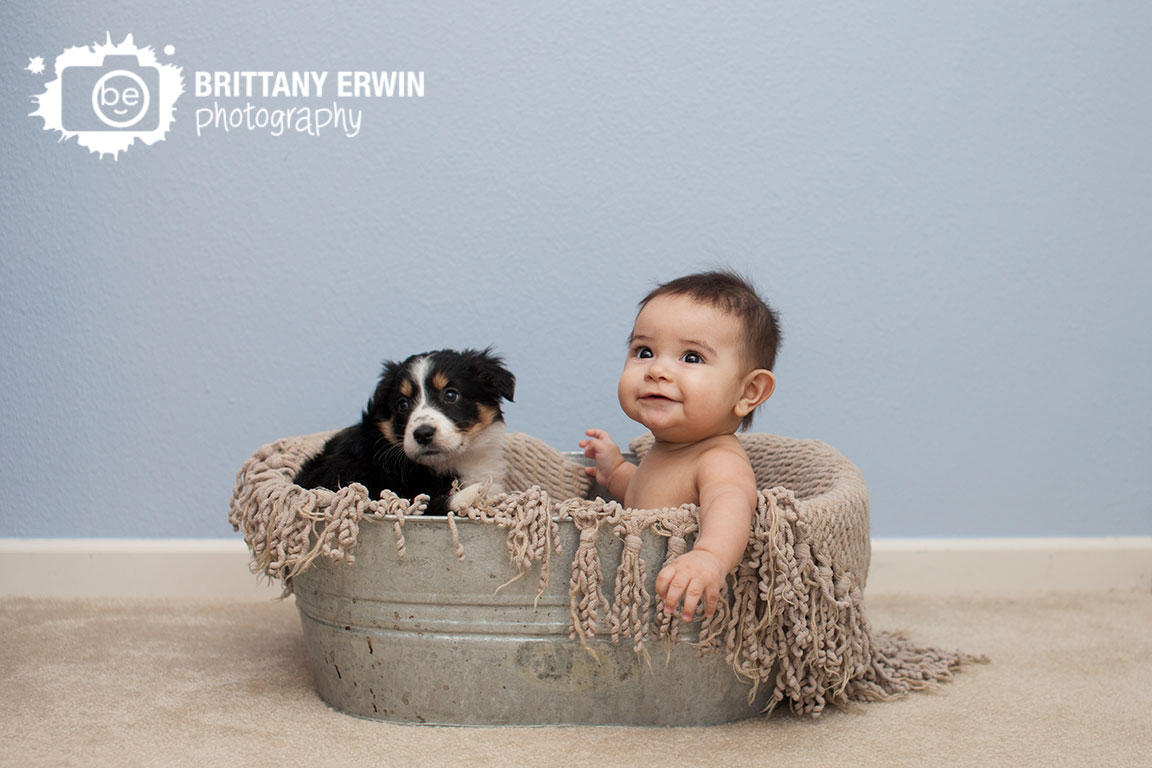 Indianapolis-at-home-lifestyle-portrait-photographer-baby-boy-with-puppy-in-wash-basin.jpg