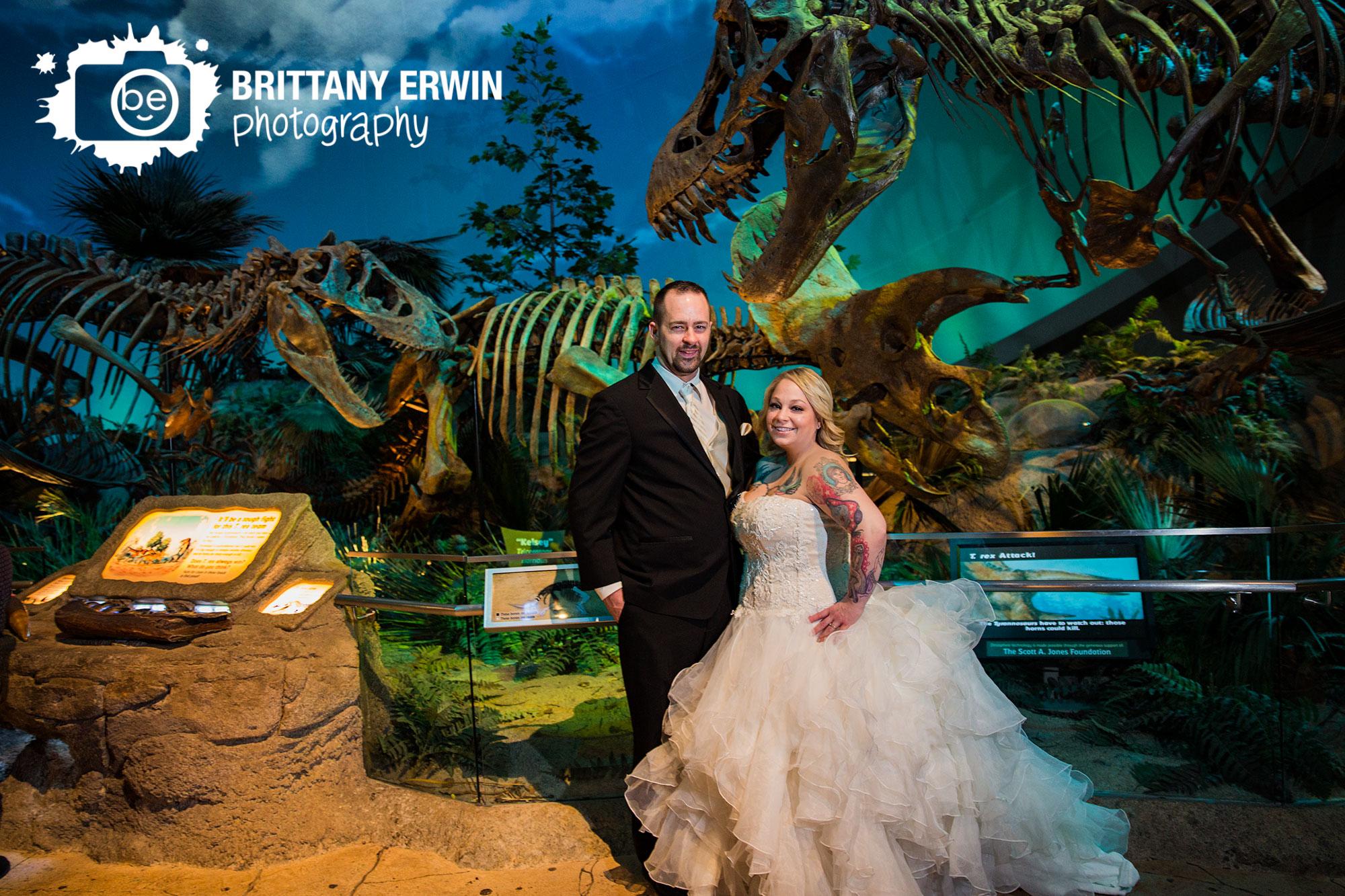 Indianapolis-Childrens-Museum-dinosaur-wedding-couple-photographer-portrait.jpg