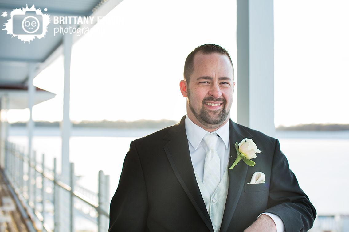 Indianapolis-wedding-photographer-winter-groom-ricks-cafe-boatyard-portrait.jpg