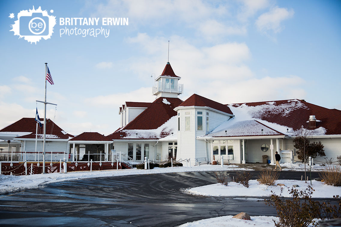 Indianapolis-wedding-venue-ricks-cafe-boatyard-winter-snow-photographer.jpg