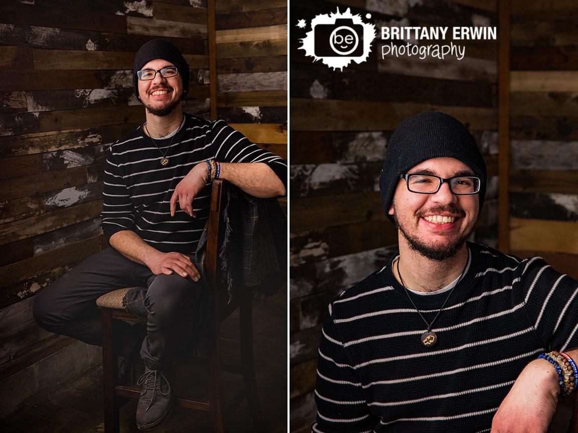 Indianapolis-studio-portrait-photographer-barn-wood-wall.jpg
