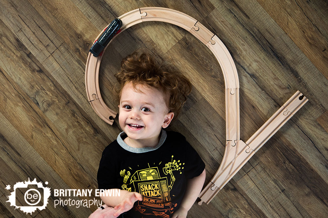Indianapolis-lifestyle-portrait-photographer-boy-toddler-2-number-two-train-track-birthday.jpg