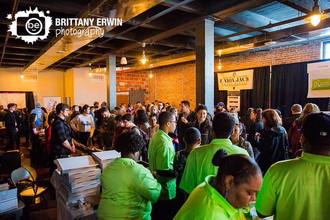 Indianapolis-Biltwell-Event-Center-food-vendors-Indy-VegFest-crowd-photographer.jpg