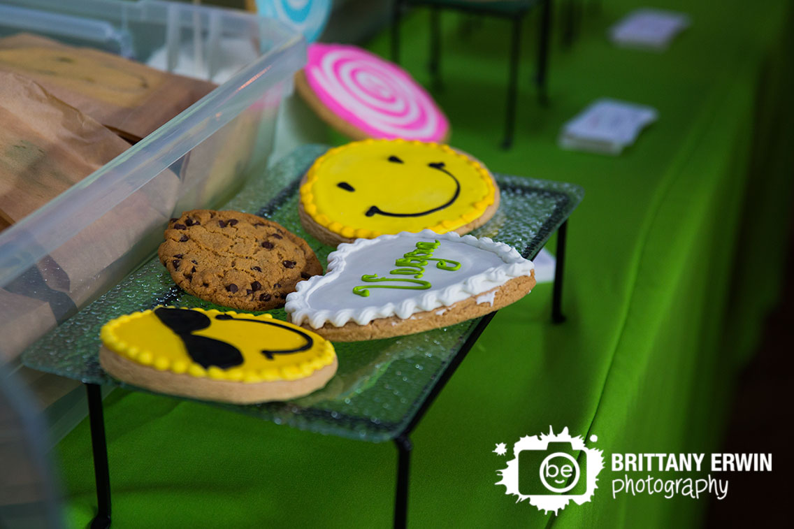 Indianapolis-Biltwell-Event-Center-vegan-Indy-VegFest-Mama-Ps-bakery-cookies.jpg