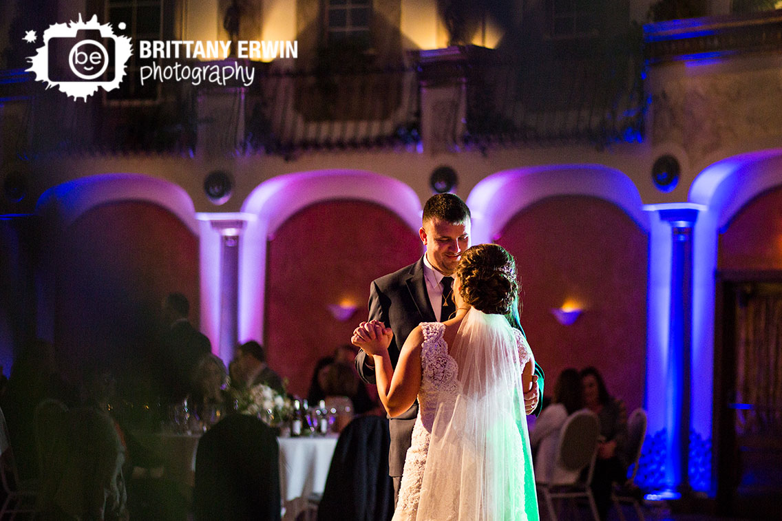 Indianapolis-wedding-photographer-first-dance-bride-groom-fountain-square-theater.jpg