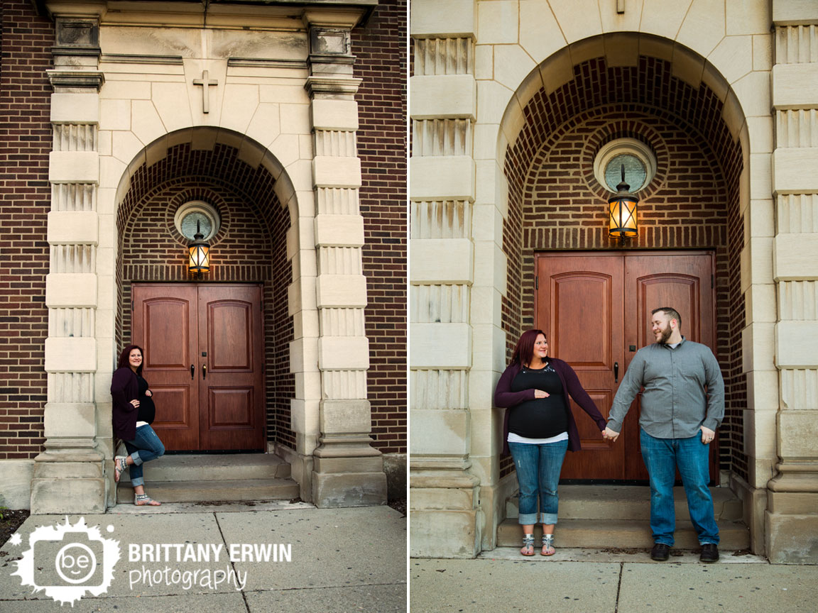 Fountain-Square-maternity-portrait-photographer-couple-under-arch-church.jpg