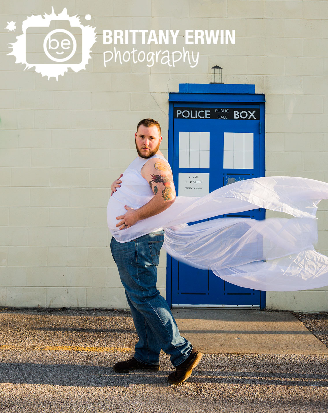 Fountain-Square-Indiana-maternity-silly-guy-funny-dad-flowing-tulle.jpg