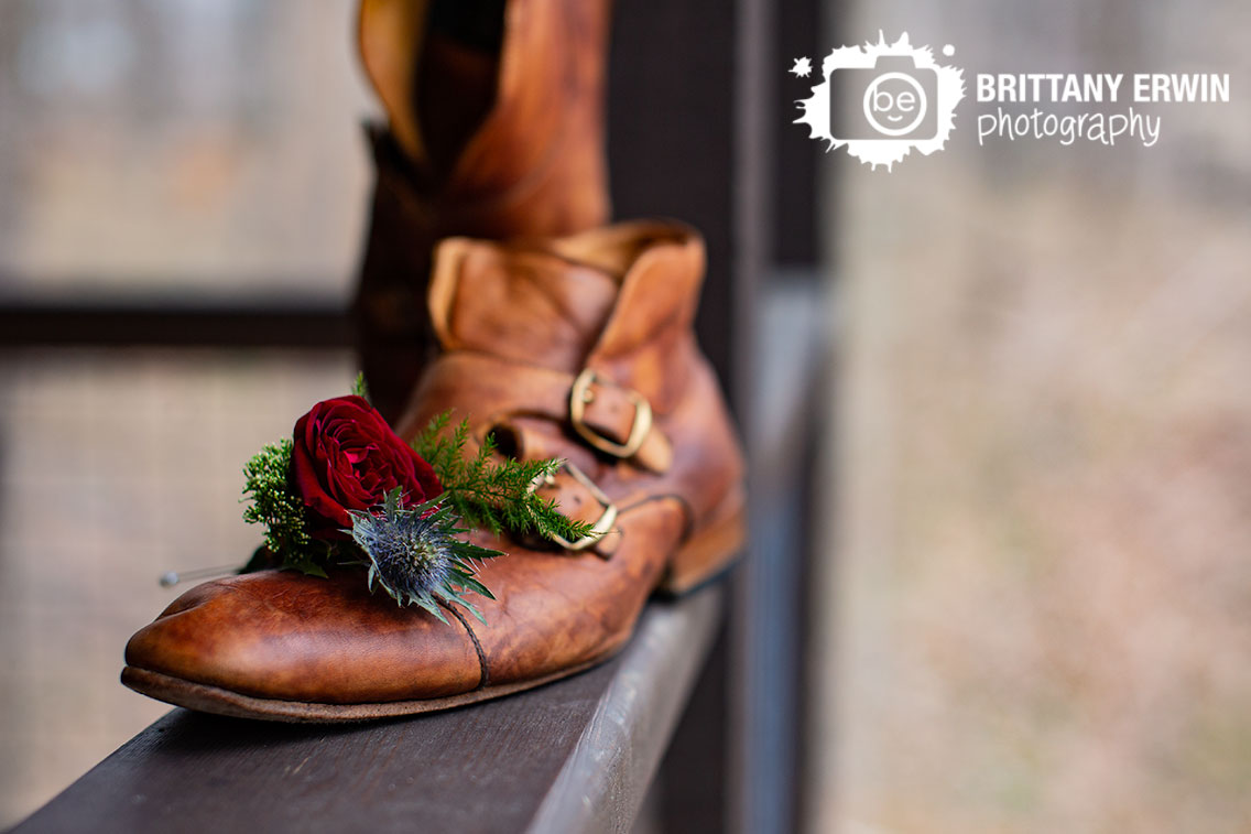 Greencastle-Indiana-3-fat-labs-wedding-venue-photographer-MaggieJ-designs-boutonniere-thistle-rose.jpg
