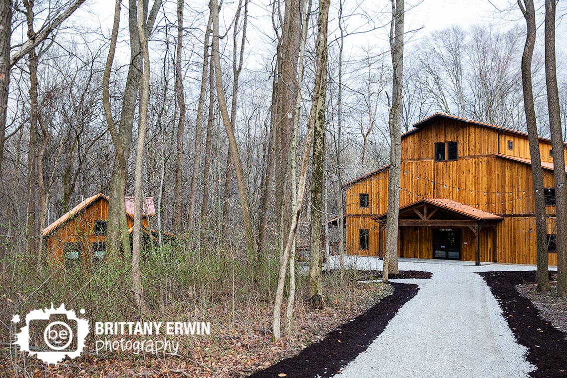 Greencastle-Indiana-wedding-barn-venue-bridal-cottage-3-fat-labs-path.jpg