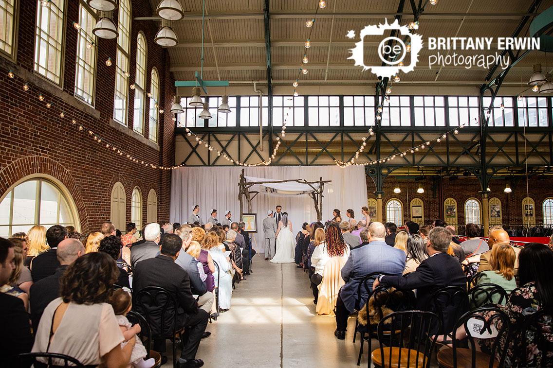 Indianapolis-city-market-wedding-ceremony-photographer-jewish-couple.jpg