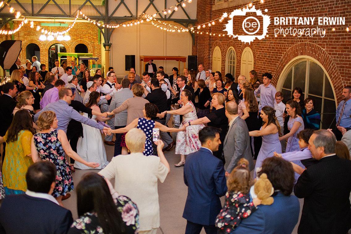 Indianapolis-wedding-reception-photographer-City-Market-dance-floor-hora-jewish-reception.jpg