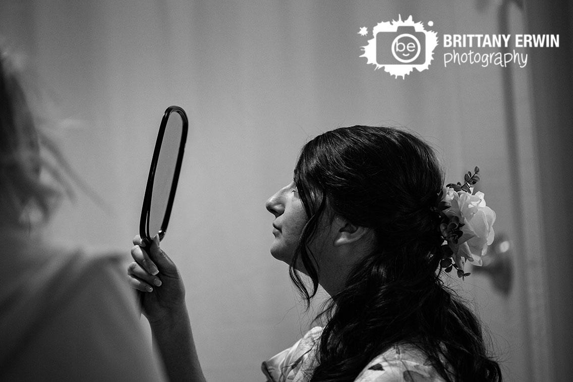 Columbus-Indiana-bride-getting-ready-mirror-hotel-indigo.jpg