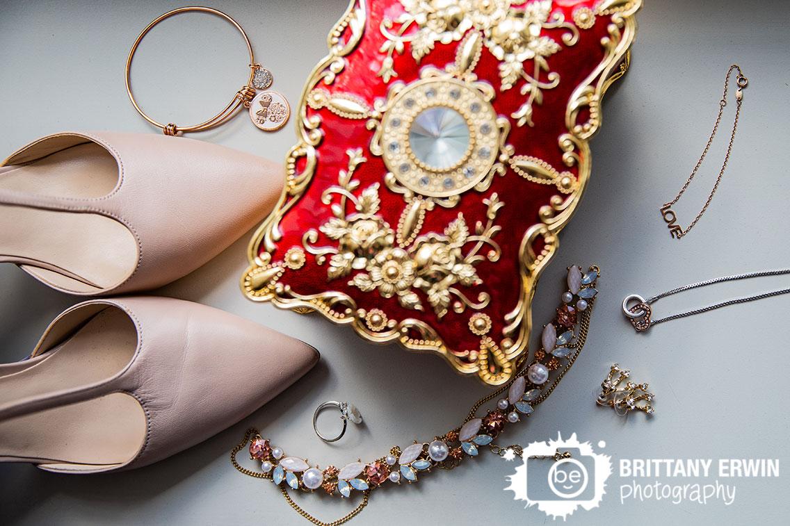 Columbus-Indiana-wedding-photographer-elegant-jewelry-box-details-shoes-necklace.jpg