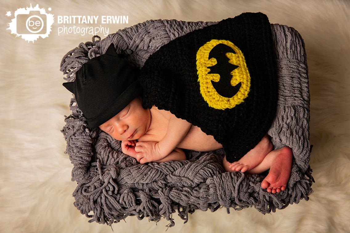 Indianapolis-batman-newborn-portrait-photographer-nerdy-baby-boy-cape-hat.jpg