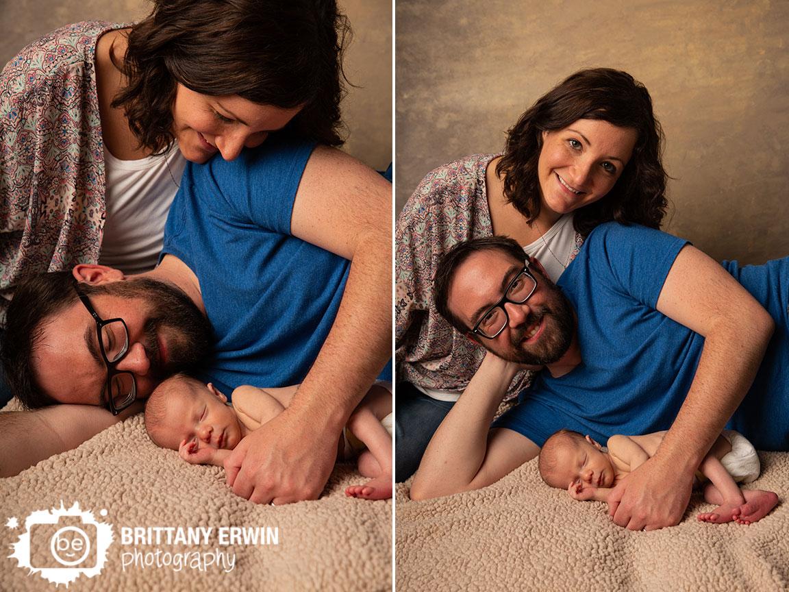 Indianapolis-studio-newborn-portrait-photographer-family-mom-dad-with-baby-boy.jpg