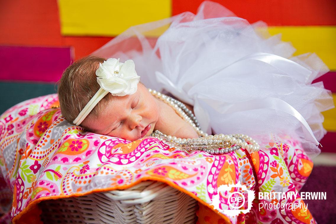 Indianapolis-newborn-portrait-photographer-sleeping-baby-tutu-in-nursery.jpg