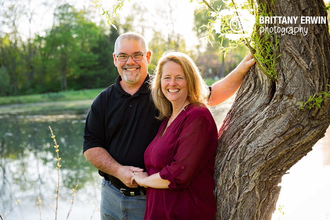 Indianapolis-spring-couple-portrait-photographer-outdoor-spring-pond.jpg