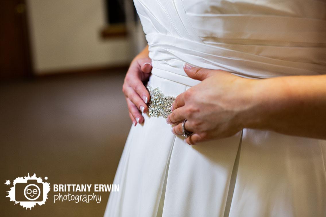 Indiana-Art-Sanctuary-bride-getting-ready-wedding-belt.jpg