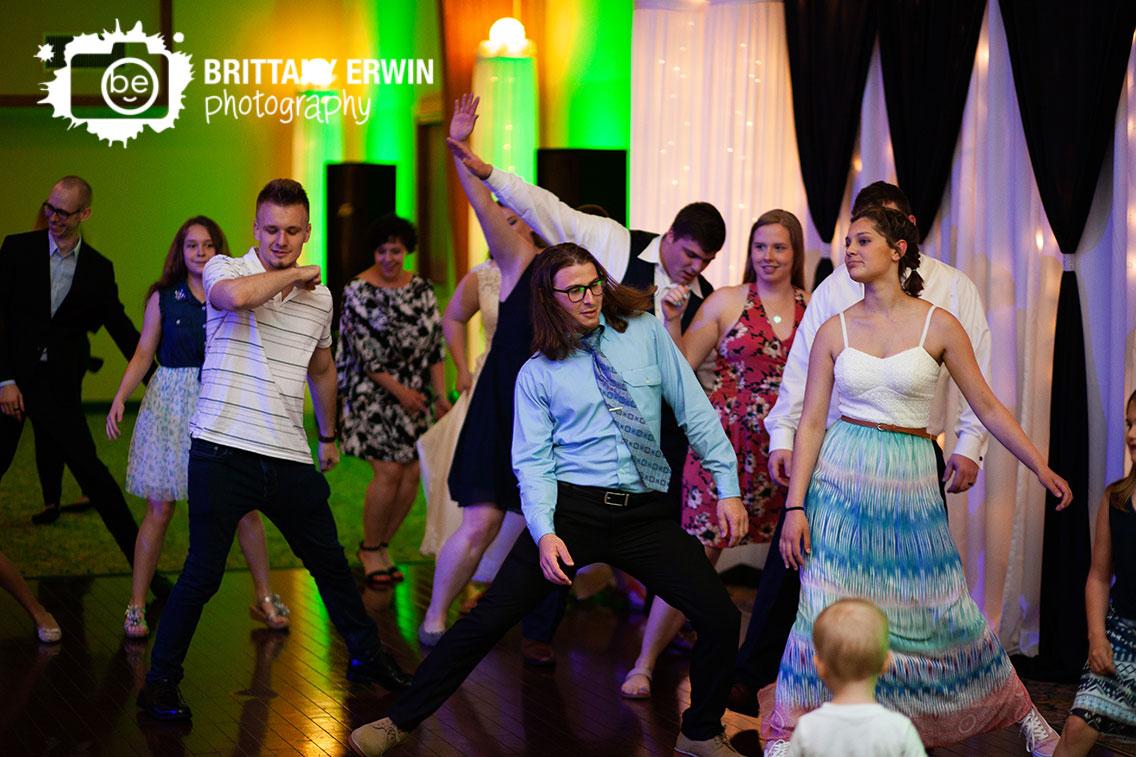 Mooresville-Indiana-wedding-photographer-dance-floor-group.jpg