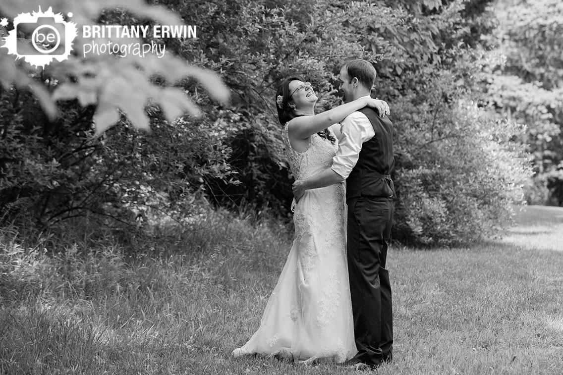 Indiana-elopement-photographer-dance-in-field-couple.jpg