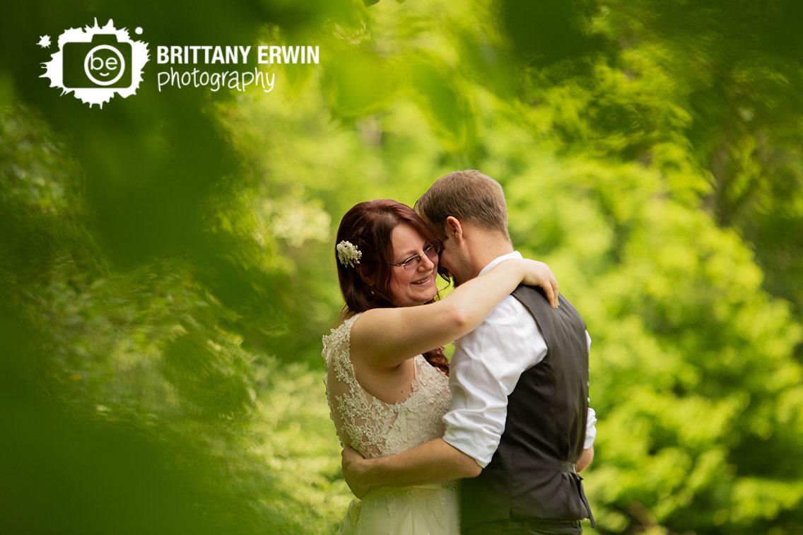 Outdoor-wedding-photographer-elopement-couple-dancing.jpg