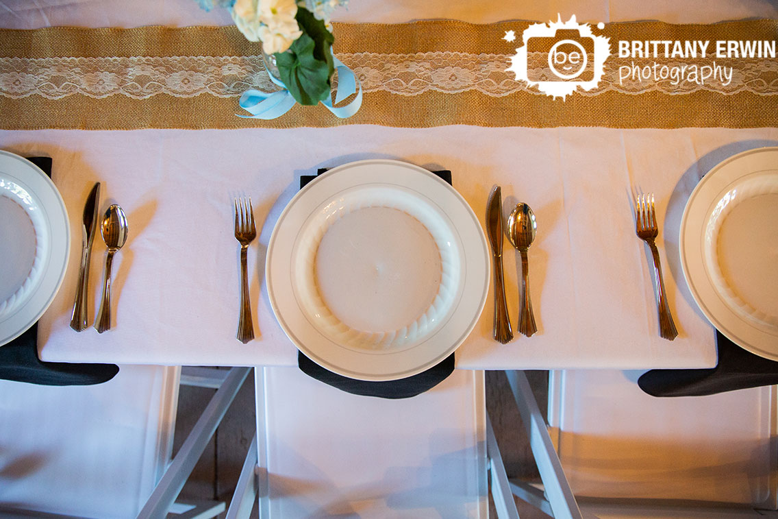 Wedding-reception-photographer-place-setting-burlap-runner.jpg