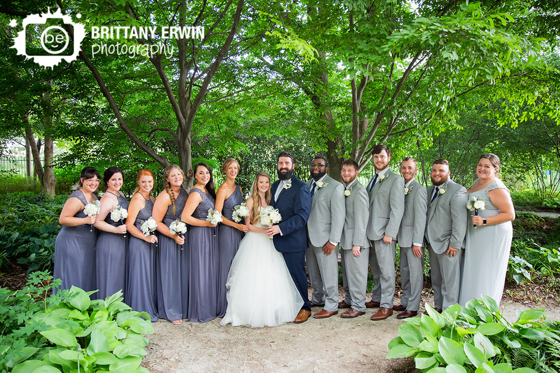 Indianapolis-zoo-bridal-party-portrait-wedding-garden.jpg
