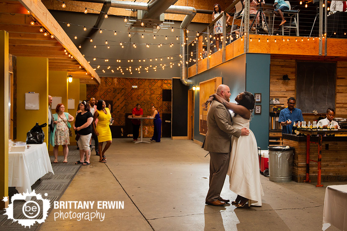 Indianapolis-wedding-reception-photographer-first-dance-twinkle-lights.jpg