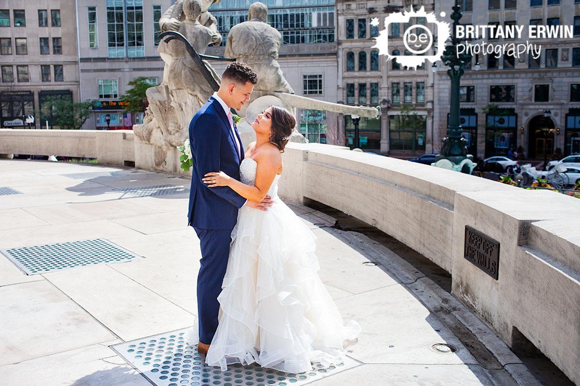 Indianapolis-monument-circle-portrait-wedding-photographer-dancing.jpg