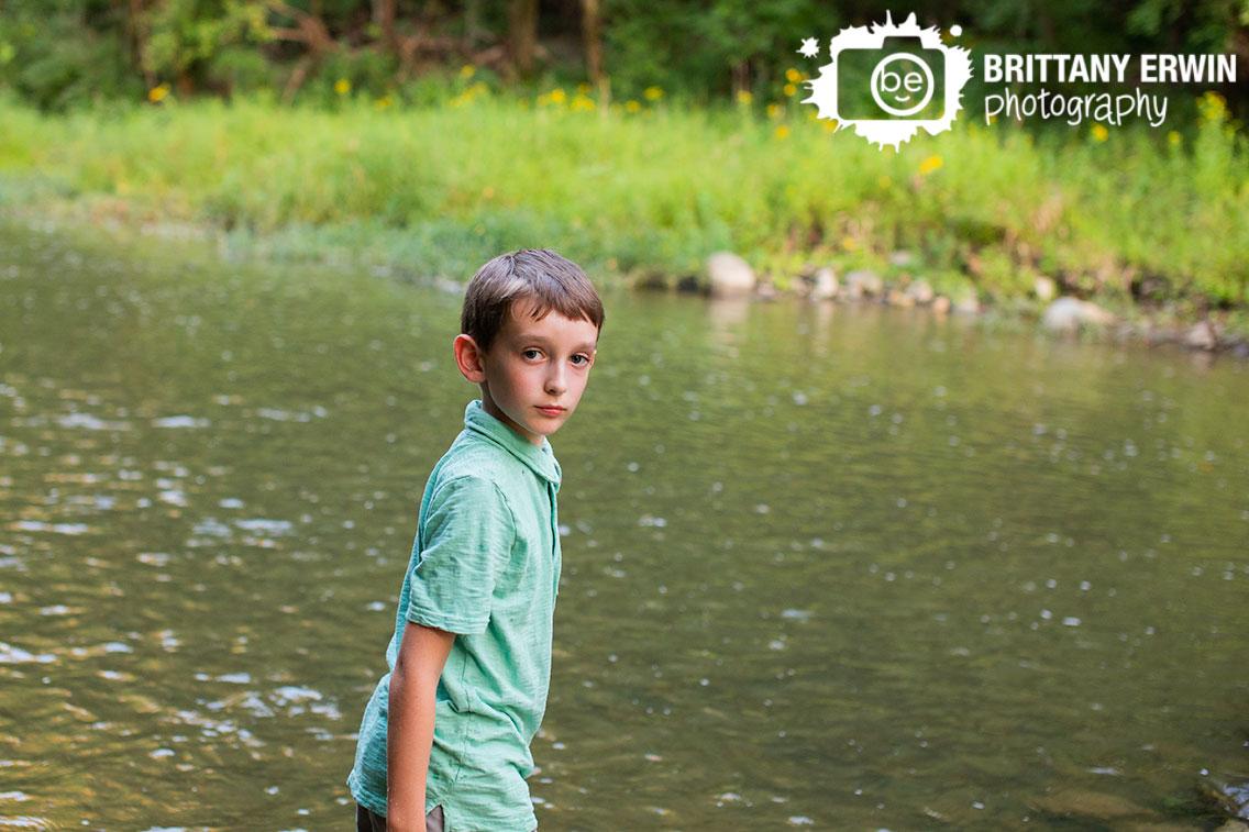 creek-stomping-boy-school-portrait-photographer-Zionsville-Indiana-park.jpg