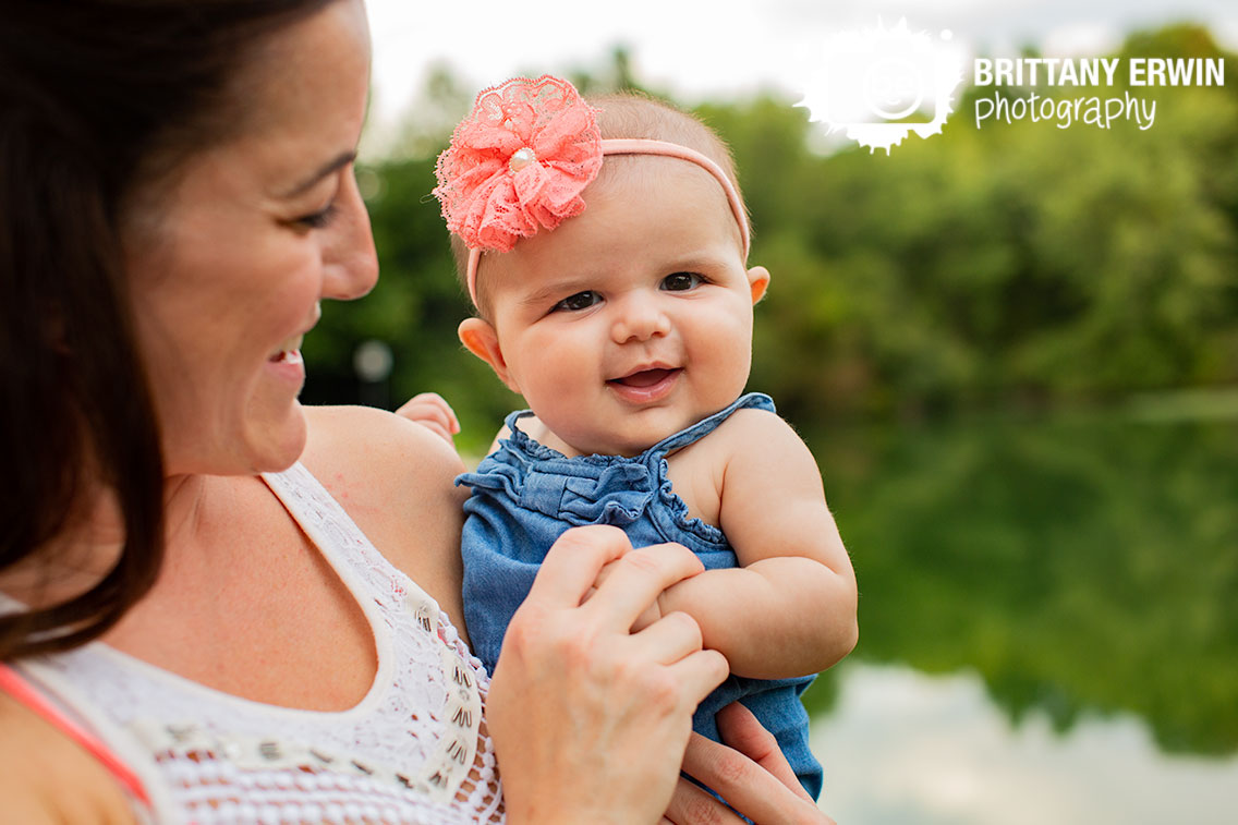Happy-baby-portrait-photographer-mother-daughter-pink-headband.jpg