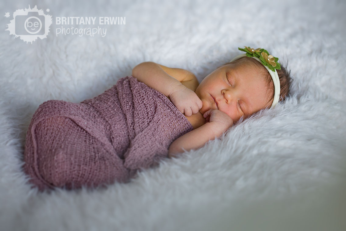 Indianapolis-newborn-portrait-photographer-in-home-baby-girl-wrapped-swaddle.jpg