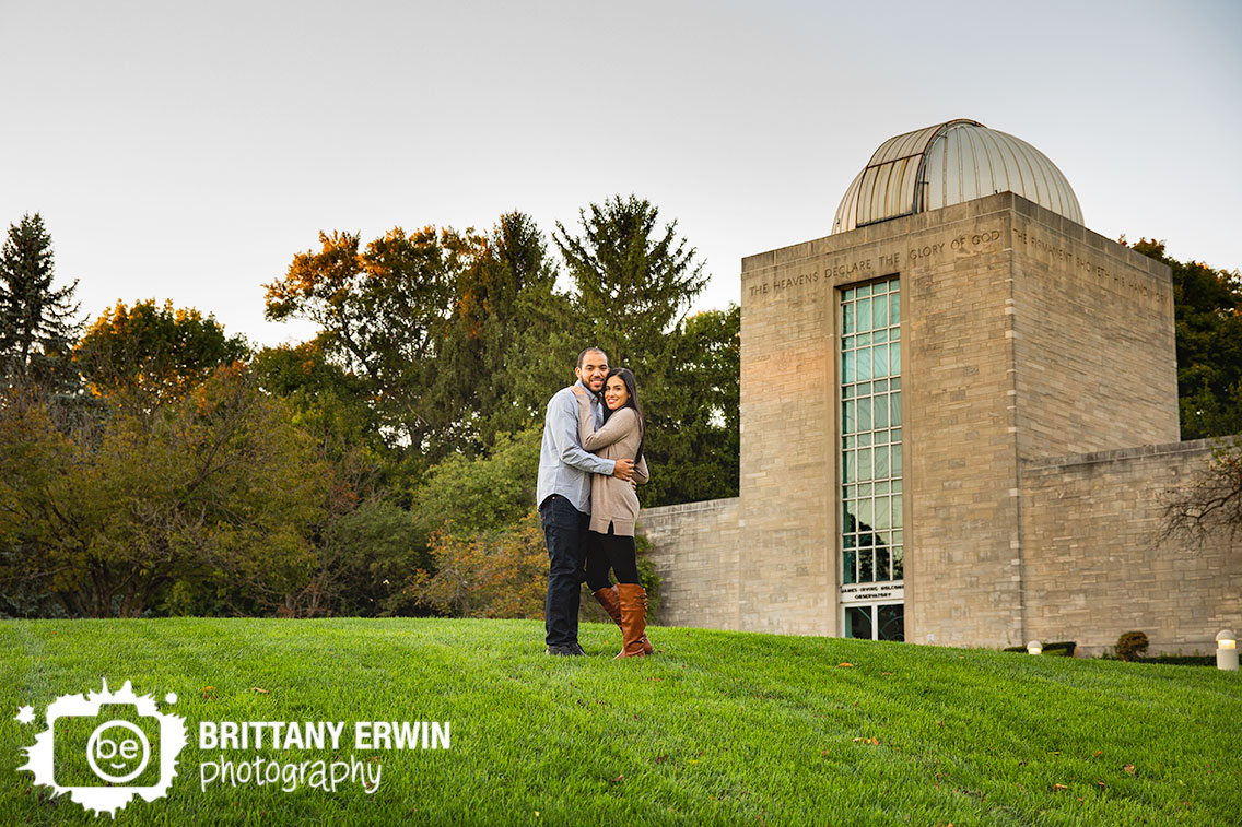 Indianapolis-holcomb-observatory-engagement-portrait-photographer-couple-fall.jpg