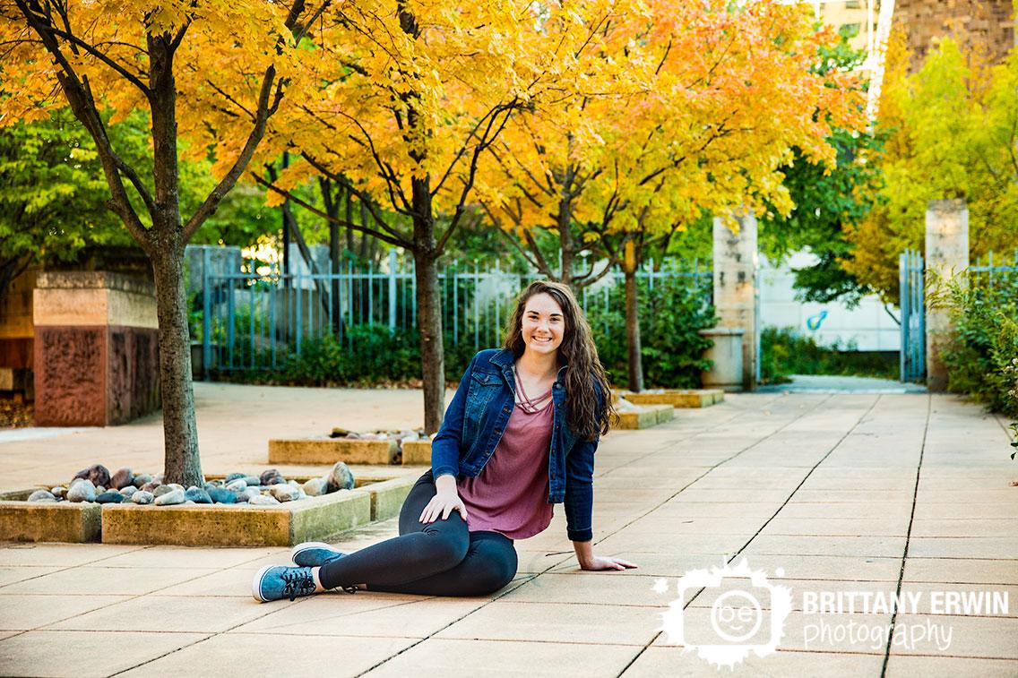 Downtown-Indianapolis-high-school-senior-portrait-photographer-eiteljorg-museum-fall-yellow-tree.jpg