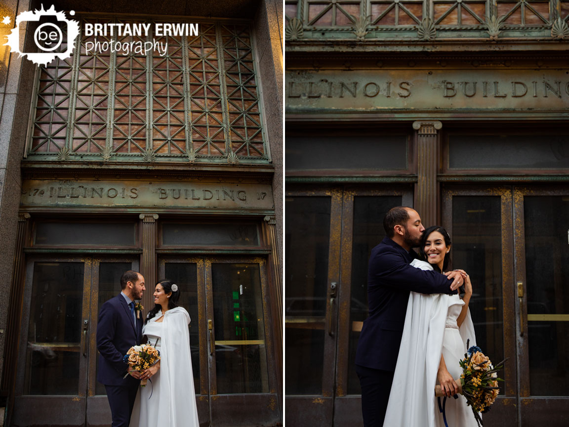 Downtown-Indianapolis-elopement-photographer-couple-winter-cape-historic-building.jpg