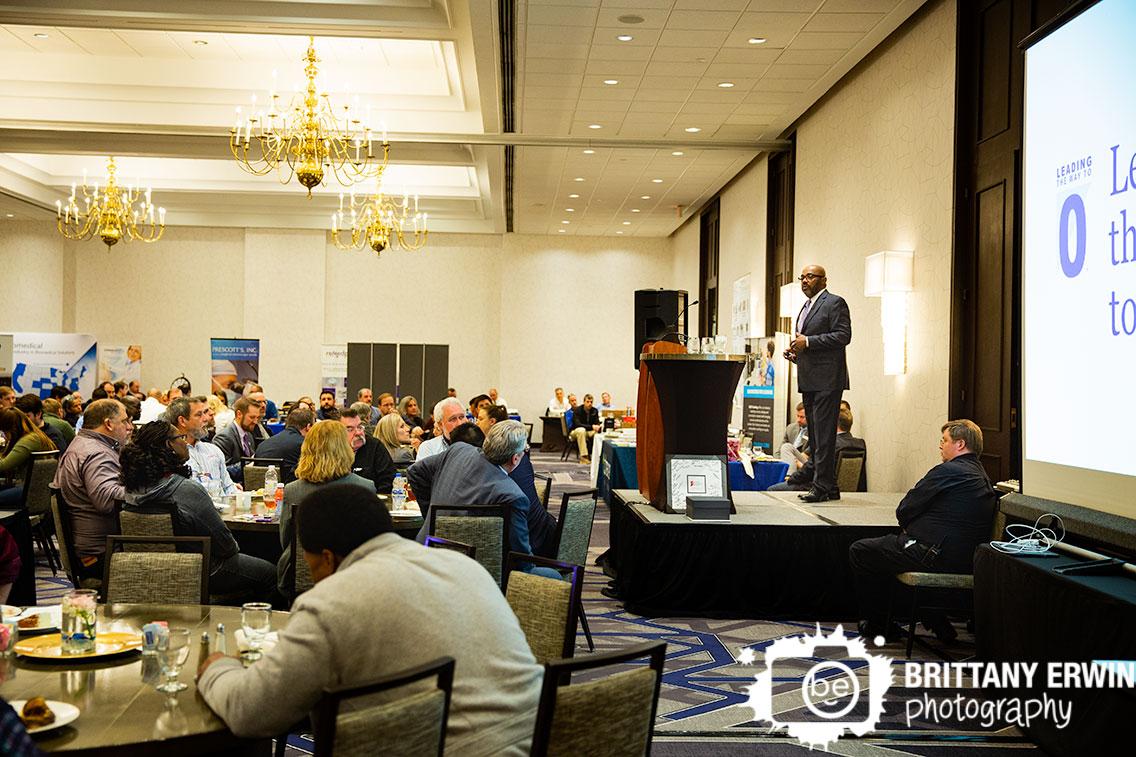 Indianapolis-event-photographer-keynote-speaker-biomedical-society.jpg