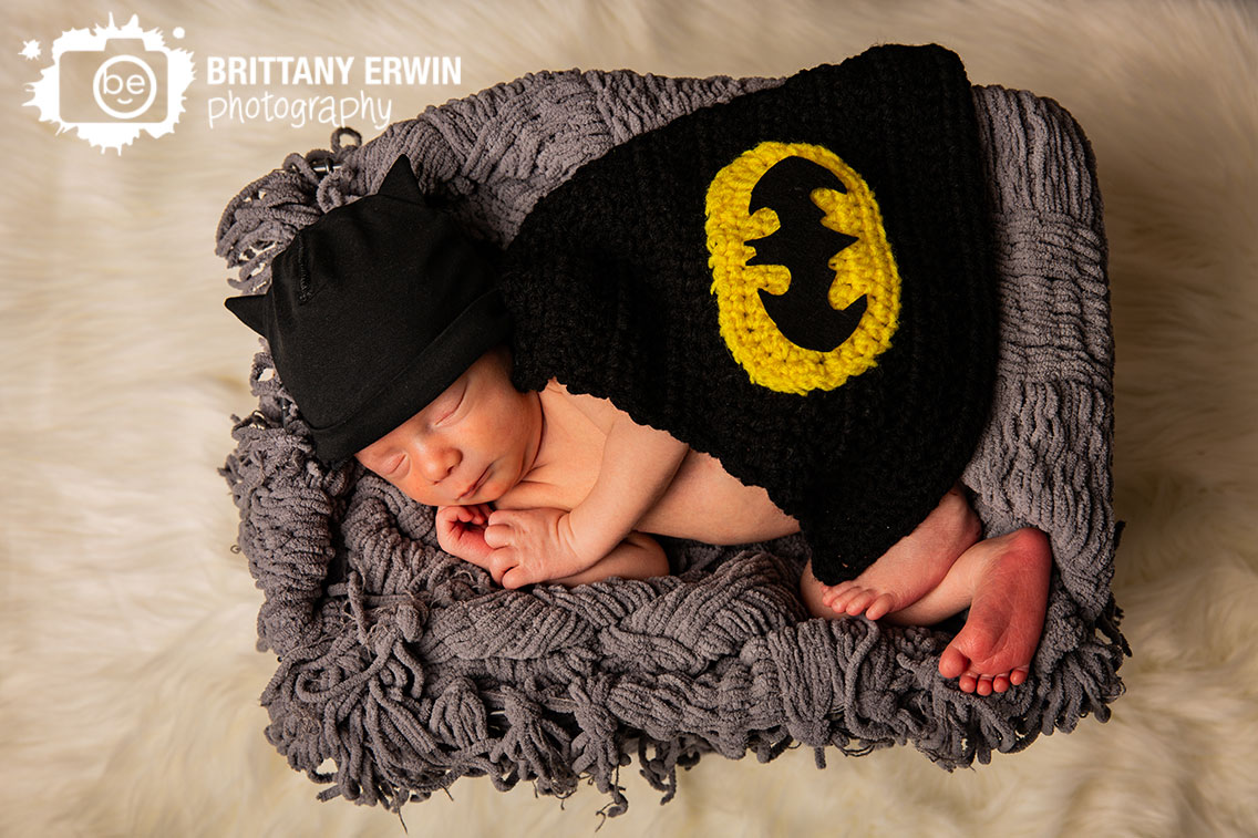 Indianapolis-batman-newborn-portrait-photographer-nerdy-baby-boy-cape-hat.jpg