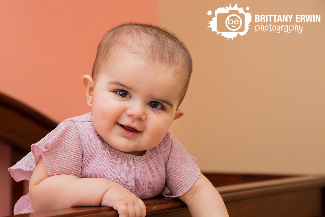 Indianapolis-lifestyle-in-home-portrait-photographer-milestone-baby-girl-9-months.jpg