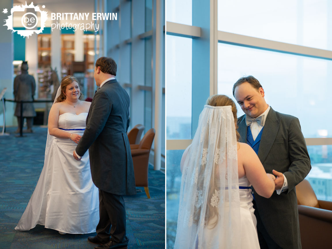 Indianapolis-wedding-photographer-first-look-bride-and-groom-at-central-public-library.jpg