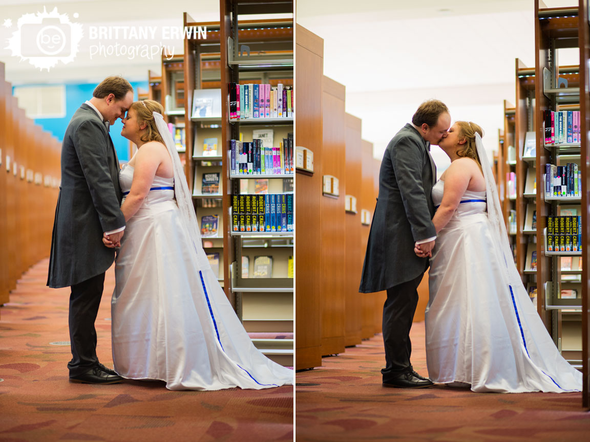 Indianapolis-central-library-wedding-photographer-couple-with-bookshelves-top-floor.jpg
