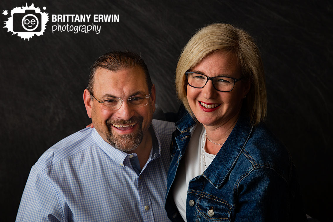 Indianapolis-portrait-studio-photographer-husband-wife-anniversary-session-grey-backdrop.jpg