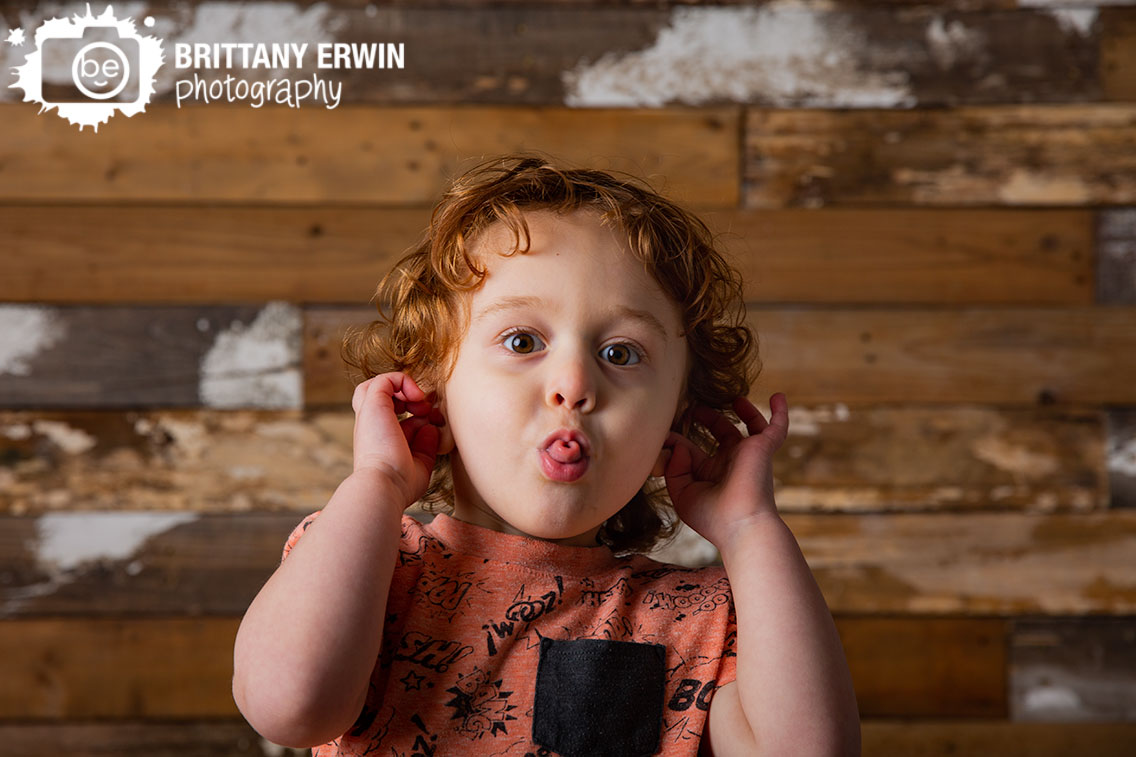 Indianapolis-silly-boy-portrait-photography-birthday-toddler.jpg