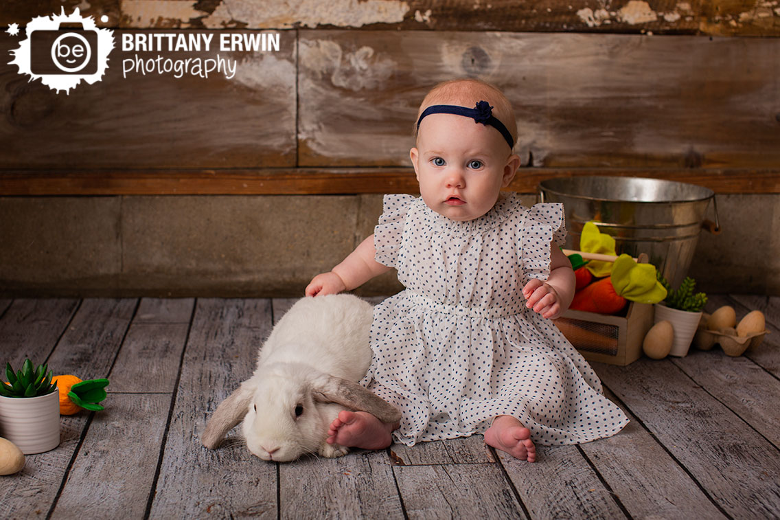 Indianapolis-baby-girl-portrait-photographer-spring-session-bunny-with-baby-girl.jpg