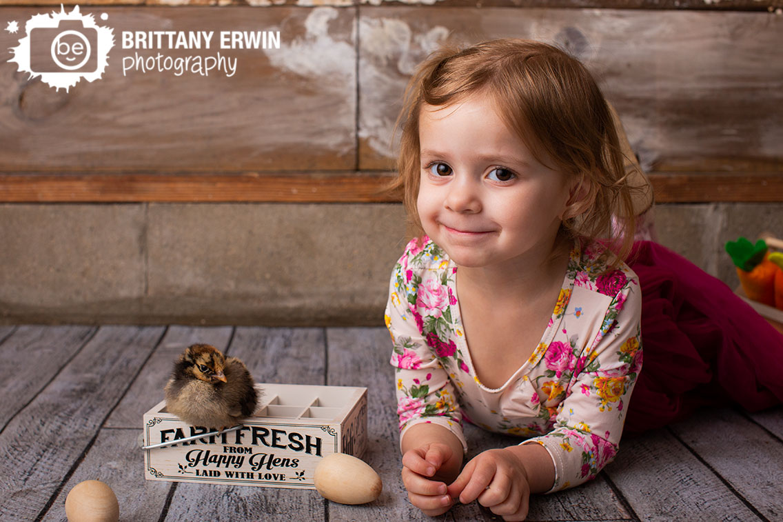 Indianapolis-portrait-studio-photographer-toddler-girl-with-baby-chick-spring-mini-session.jpg
