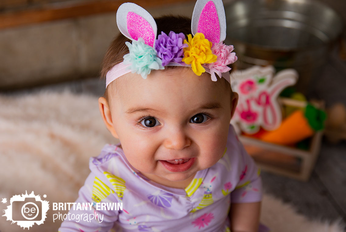 Indianapolis-portrait-studio-photographer-easter-bunny-sparkle-ears-mini-session.jpg
