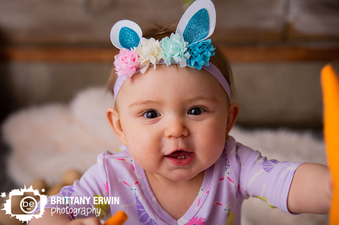 Indianapolis-portrait-photographer-baby-girl-easter-bunny-sparkle-ears.jpg