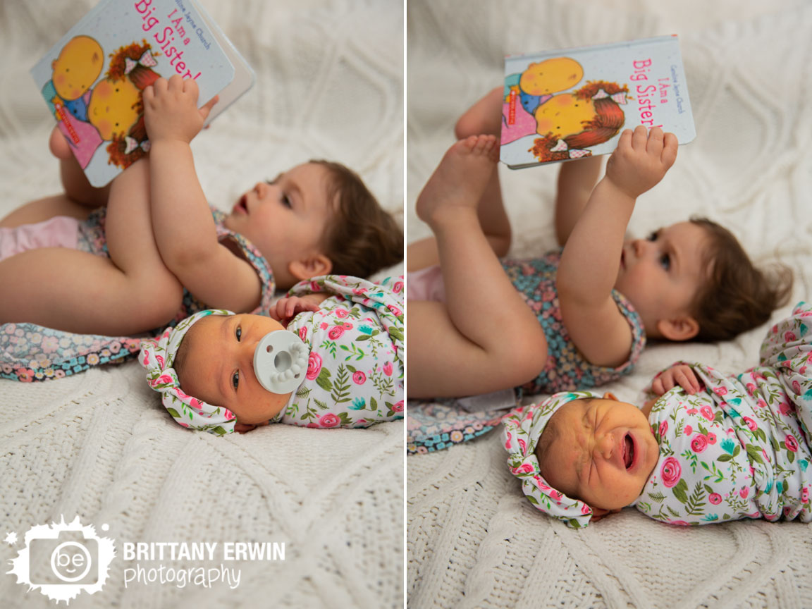 Indianapolis-lifestyle-newborn-portrait-photographer-big-sister-little-board-book-how-to.jpg