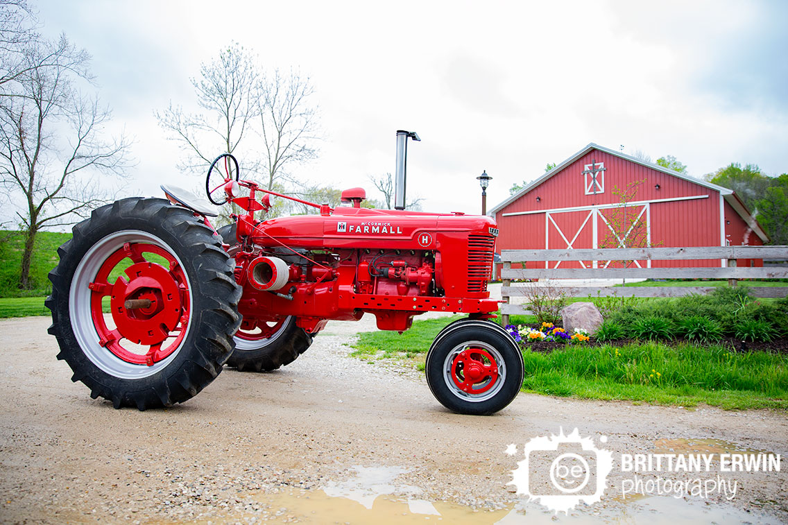 Martinsville-Indiana-wedding-photographer-Rustic-Gatherings-venue-barn-with-tracter-farmall.jpg